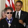 جائزة نوبل لـ«بوب ديلان» المغني والشاعر