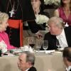 ترامب يداعب كلينتون عشية المناظرة الثالثة