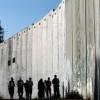 فلسطين المحتلة: قضم أراضي الضفة بواسطة جدار الفصل