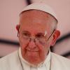 إصابة البابا بجرح في عينه