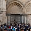 كنيسة القيامة في القدس تعيد فتح أبوابها بعد تعليق اسرائيل ضرائب الكنائس