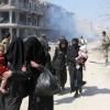 الآلاف يفرون من الغوطة الشرقية