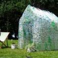 بيوت بلاستيك لمقاومة الزلازل