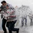 العاصفة الثلجية تلاحق اللاجئين السوريين