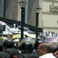 مصر: الشرطة تداهم نقابة الصحفيين وتعتقل المعارضين