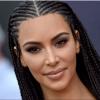 كيم كارديشيان تدافع عن  تصفيفة شعرها الجديدة