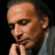 طارق رمضان يعترف بأنه أقام علاقات جنسية مع امرأتين اتهمتاه باغتصابهما