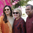 الهند: كلينتون تحضر الاحتفالات المبهرة لحفلة زفاف في بلاد الفقر