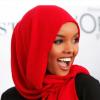 العارضة حليمة أدن ستظهر كأول عارضة ازياء سياحة مع الحجاب (البوركيني)