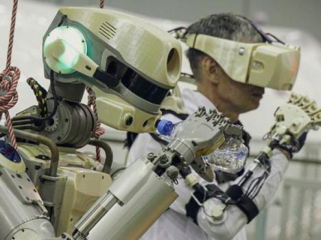 """فشل """"فيدور"""" الروبوت في الالتحام بمحطة الفضاء سويوز"""