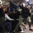 هونغ كونغ: مراكز التسوق هدف للتظاهرات للتأثير على عصب الاقتصاد