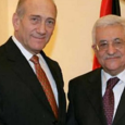 عباس لديه أصدقاء اسرائيليين: أولمرت